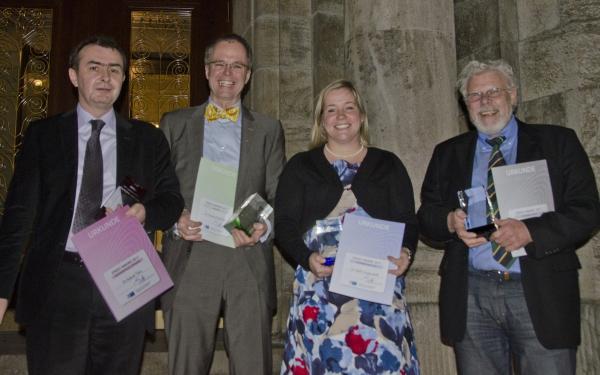dente_de_award_2011